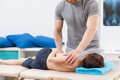 Kid Receiving Chiropractic Care in Beverly Hills